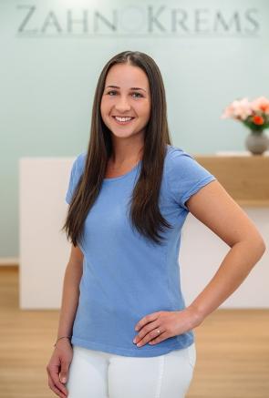 Meli , Zahnärztliche Assistentin Dipl. Prophylaxeassistentin, Krems an der Donau